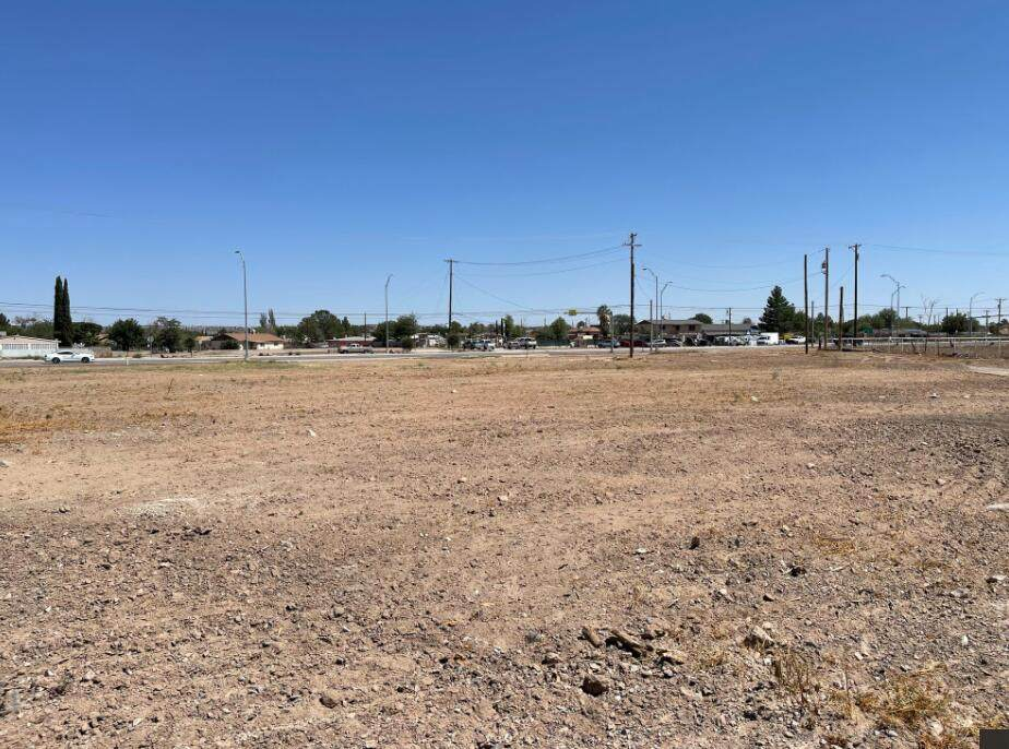10220- 10232 North Loop Drive - Photo 1