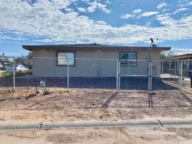 14620 Hendrik Drive, El Paso, TX 79928 (MLS #852677) :: The Purple House Real Estate Group