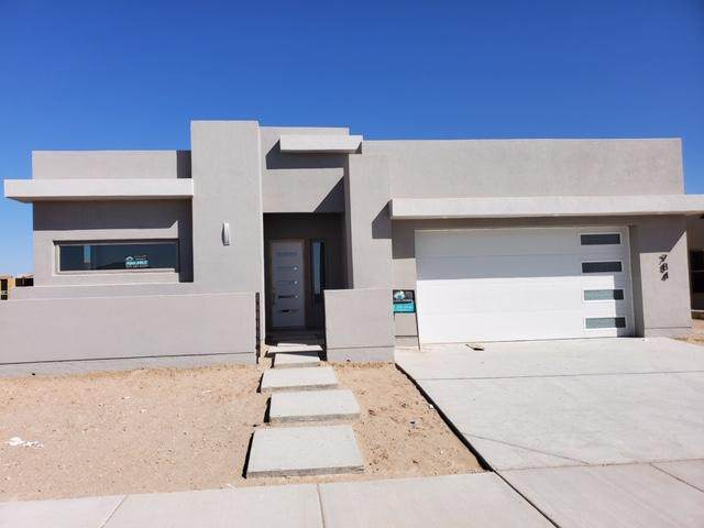 784 Lanner Drive, El Paso, TX 79928 (MLS #826581) :: Jackie Stevens Real Estate Group brokered by eXp Realty