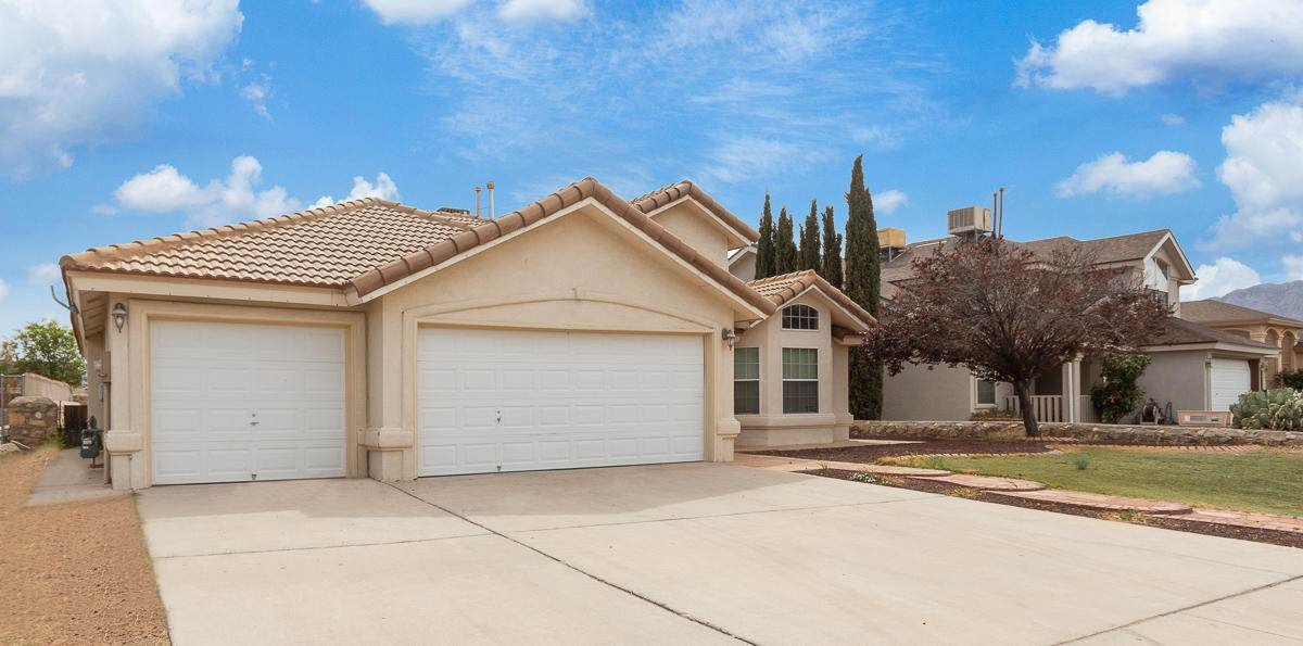 10813 Coral Sands Drive - Photo 1
