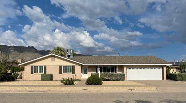 5724 Beaumont Pl Place, El Paso, TX 79912 (MLS #849537) :: Red Yucca Group