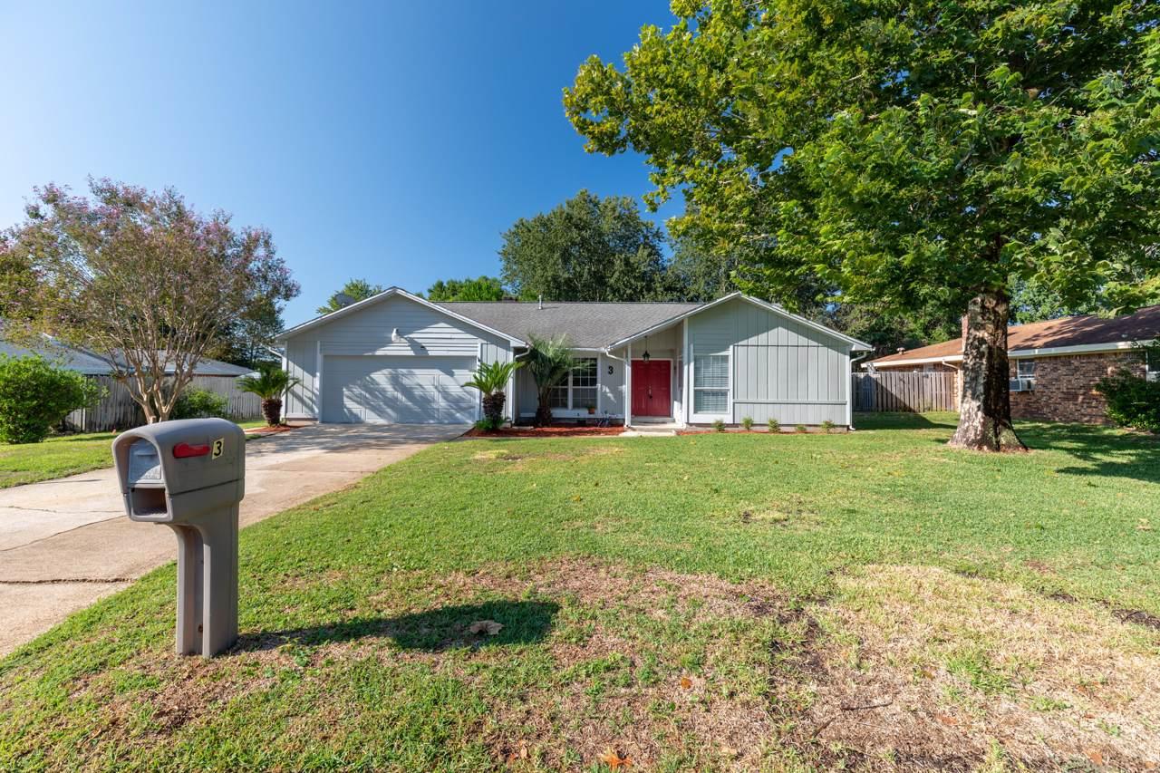 3 Pinehurst Drive - Photo 1