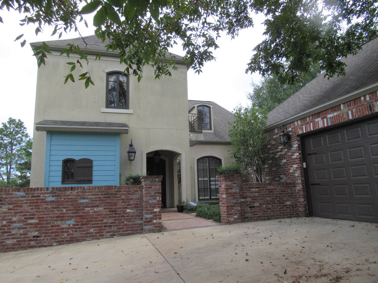 3247 Chapelwood Drive - Photo 1