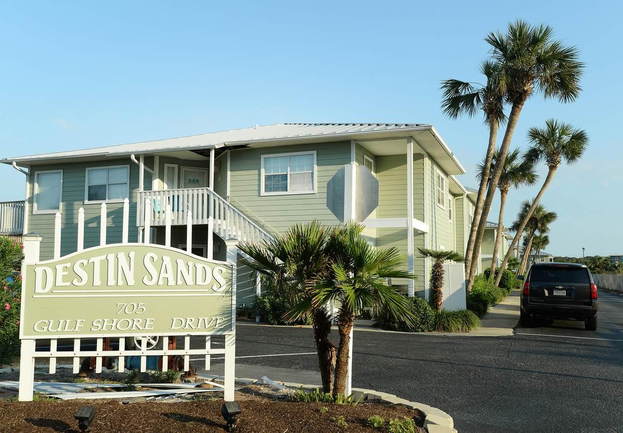 705 Gulf Shore Drive - Photo 1