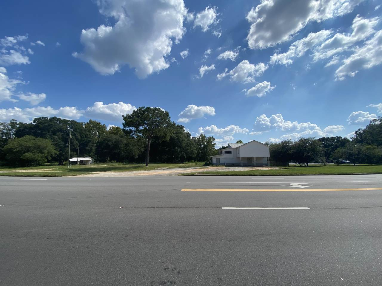 1641 Highway 90 - Photo 1
