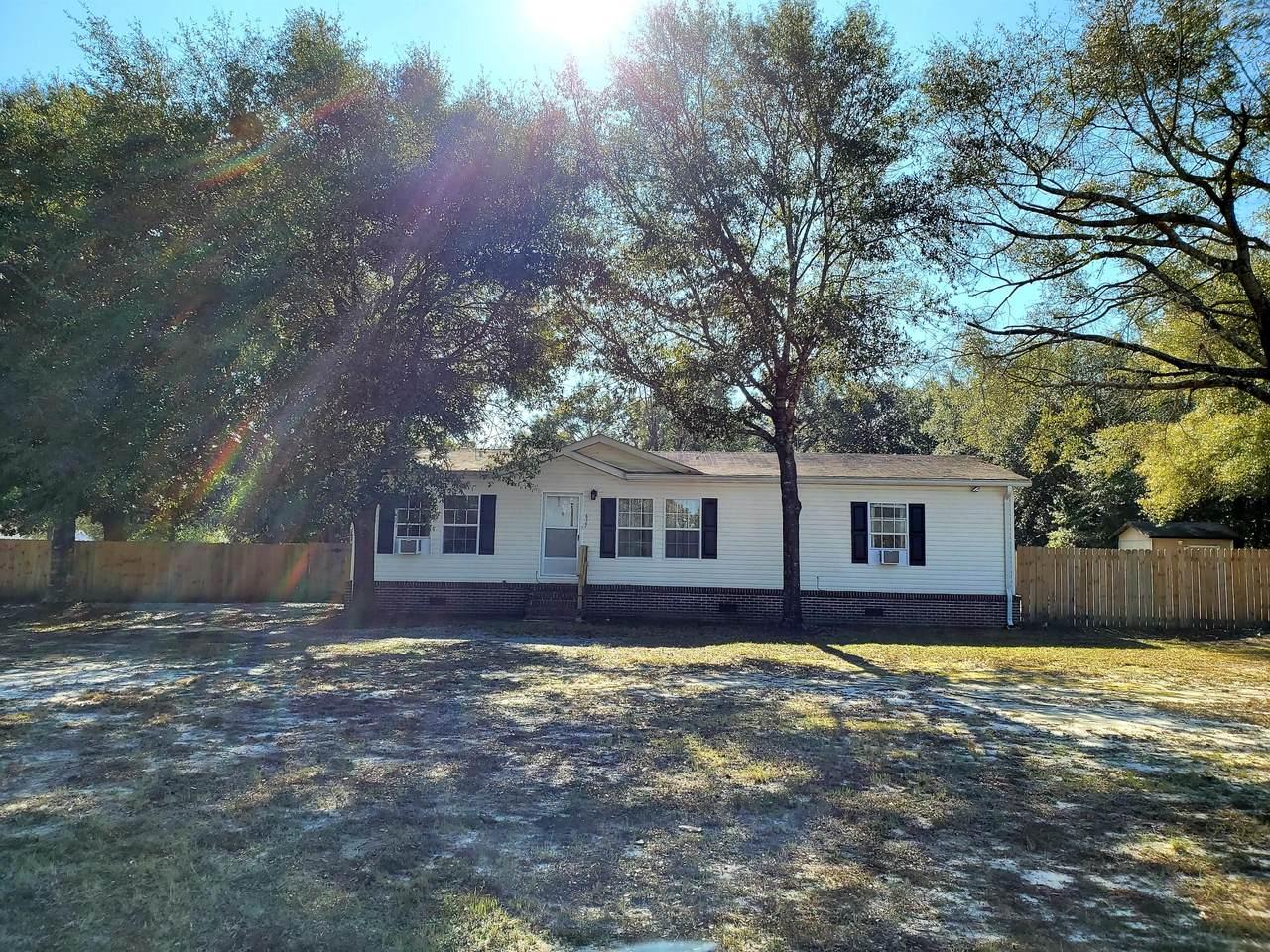 637 Lake Rosemary Court - Photo 1