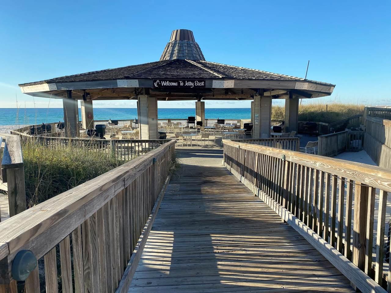 500 Gulf Shores Drive - Photo 1