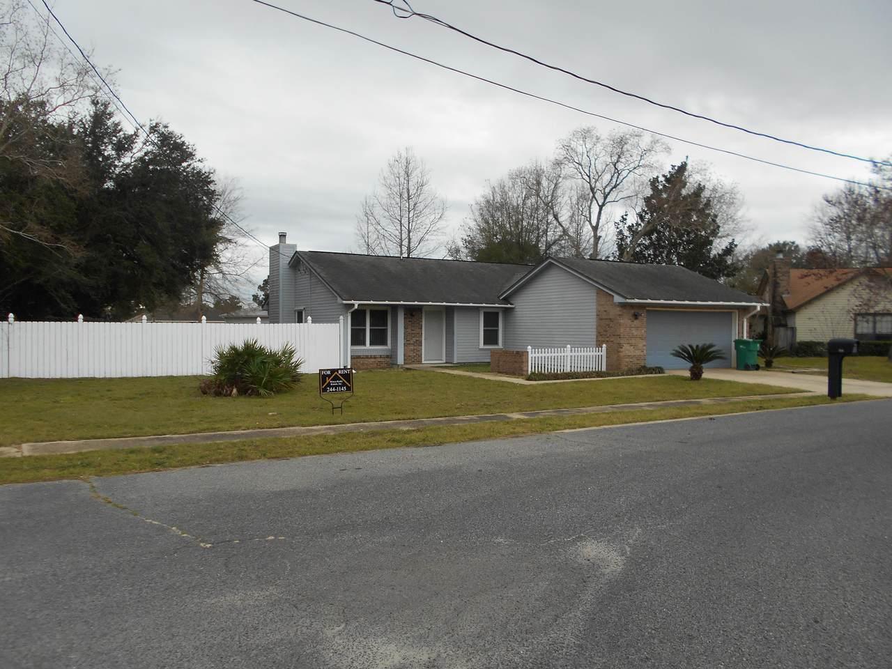 106 Pinehaven Drive - Photo 1
