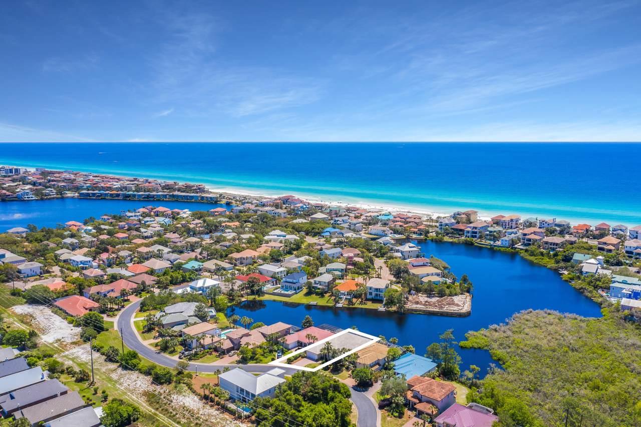 4612 Paradise Isle - Photo 1