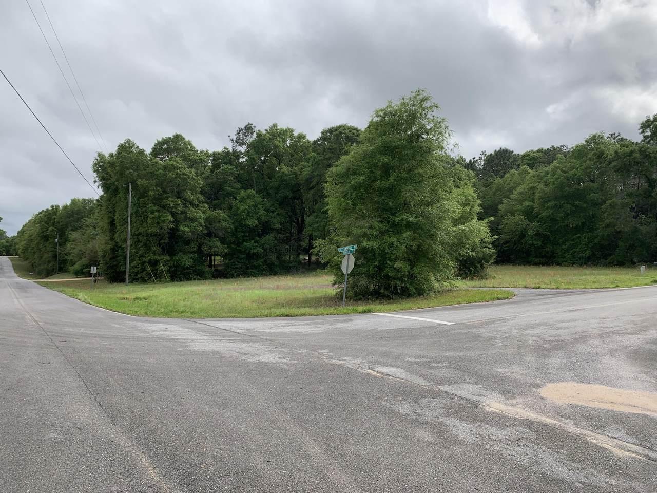 3208 Cottonwood Drive - Photo 1