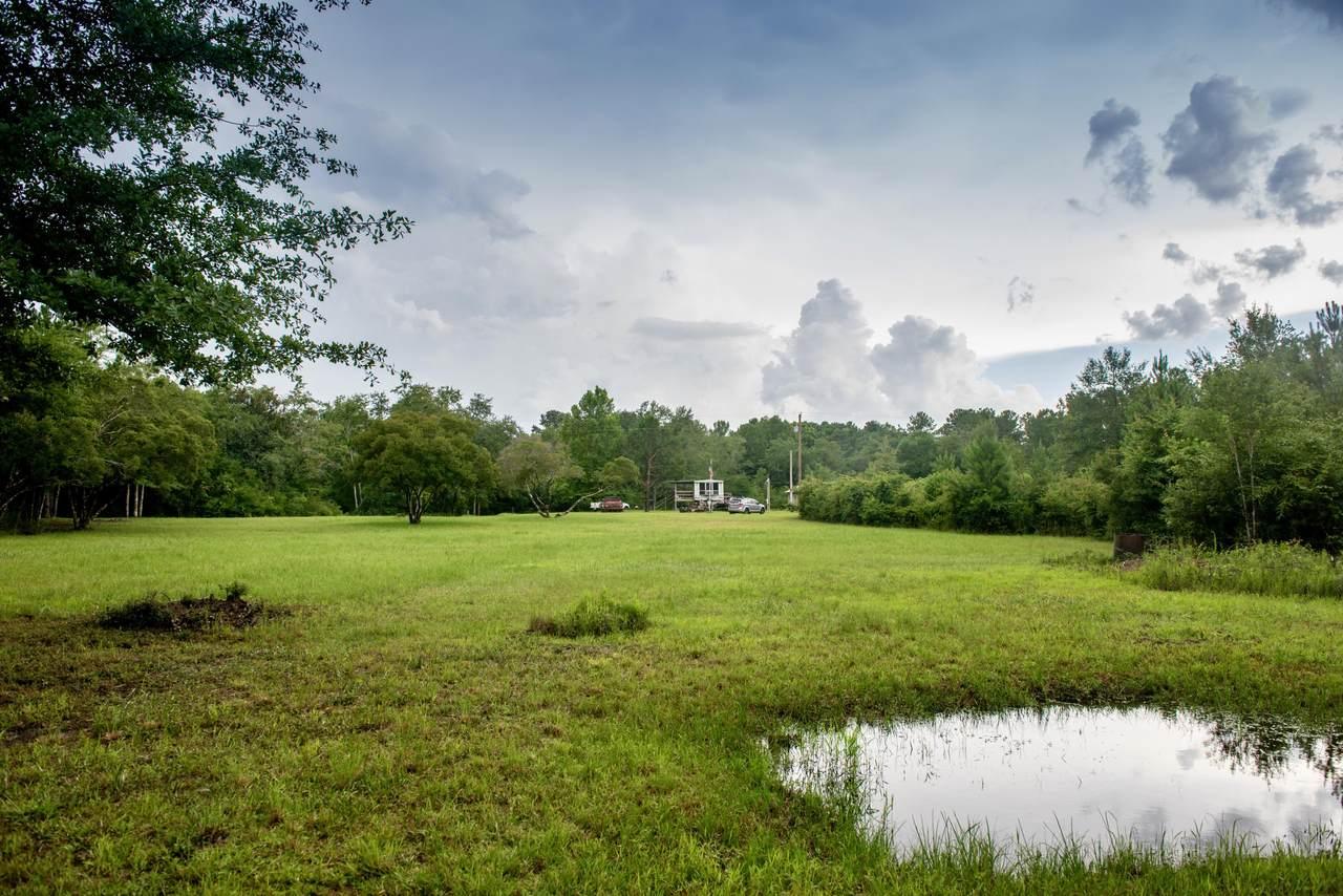839 Plantation Lane - Photo 1