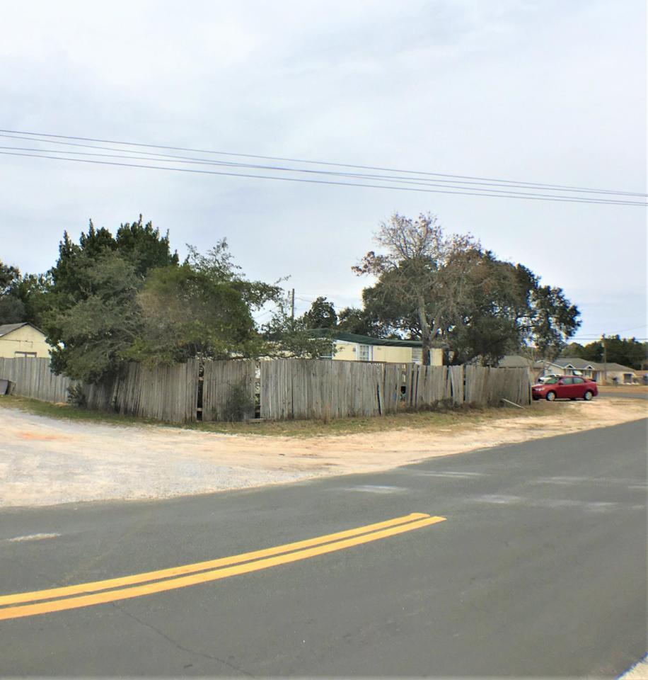 326 Spruce Street - Photo 1