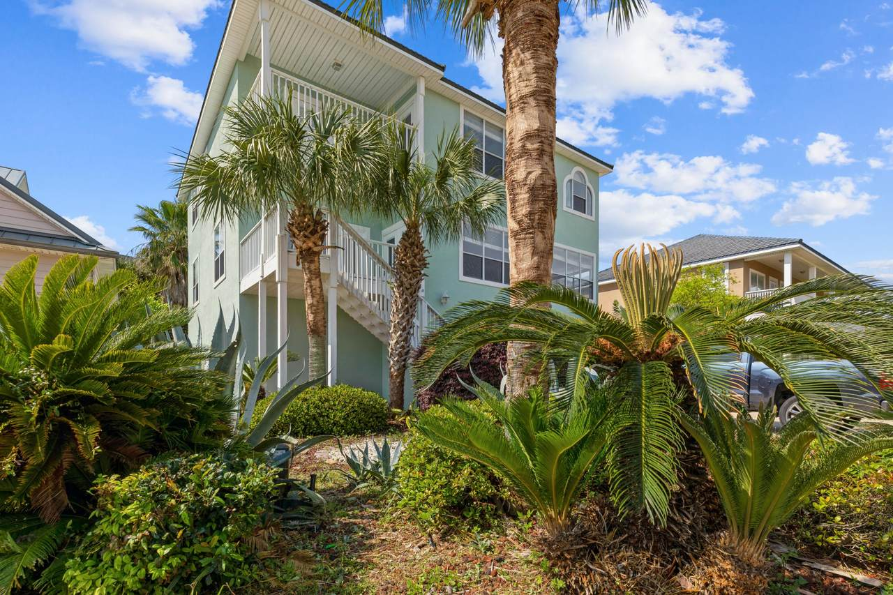 2400 Palm Harbor Drive - Photo 1