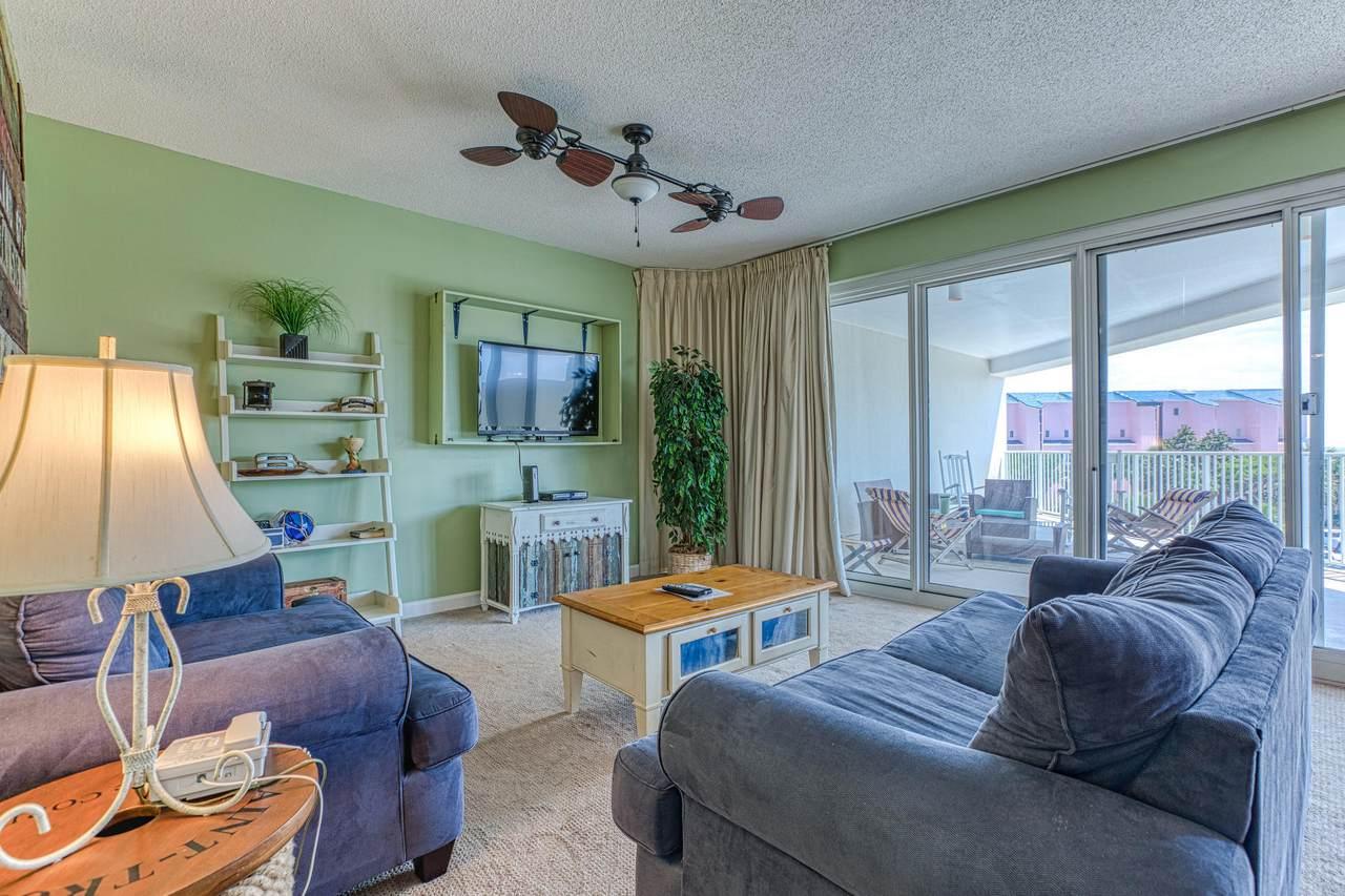 550 Topsl Beach Boulevard - Photo 1