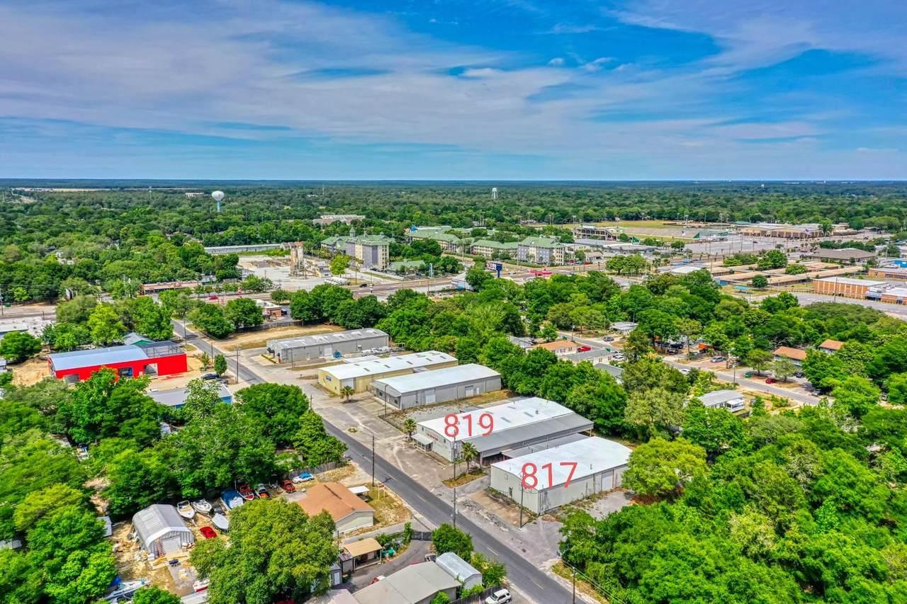 817 Navy Street - Photo 1