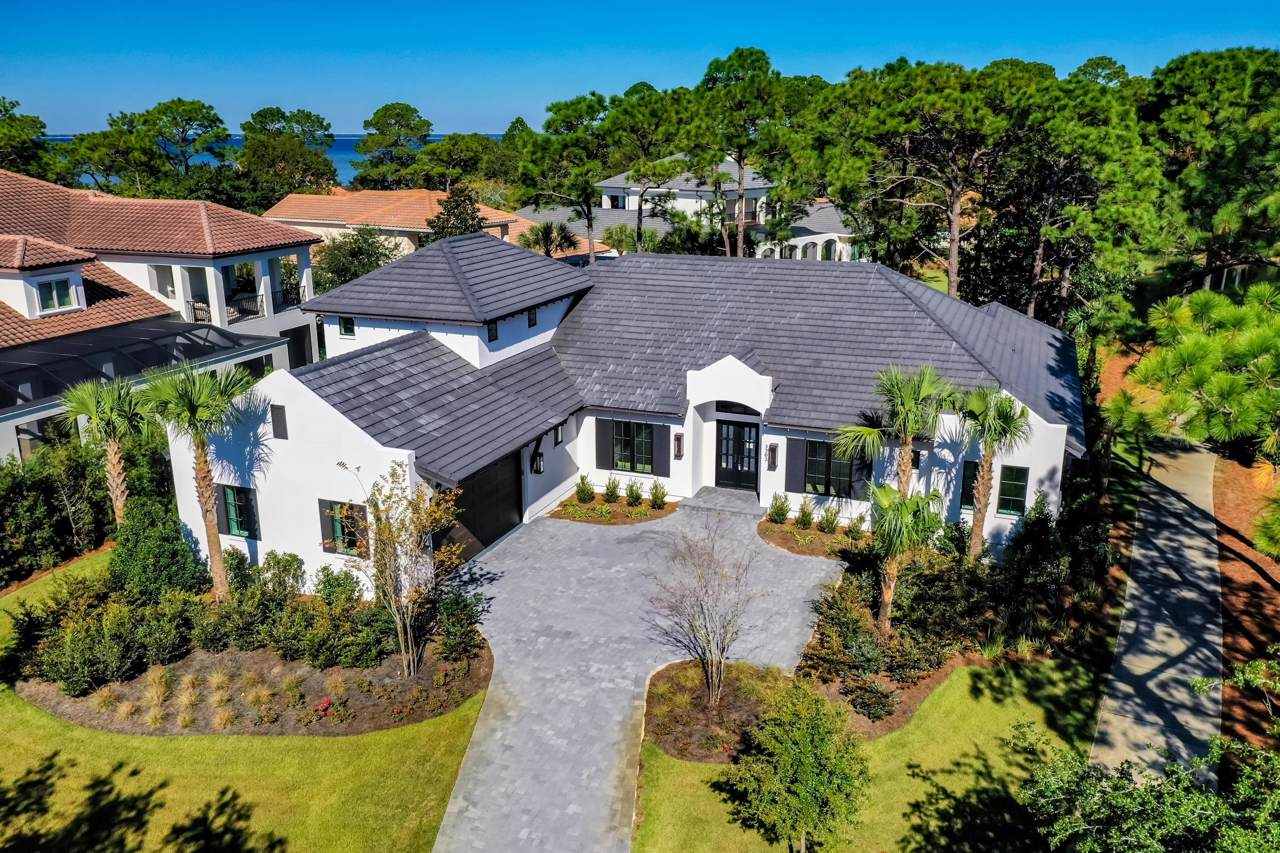 3202 Bay Estates Drive - Photo 1