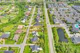 2804 Woodmere Drive - Photo 4