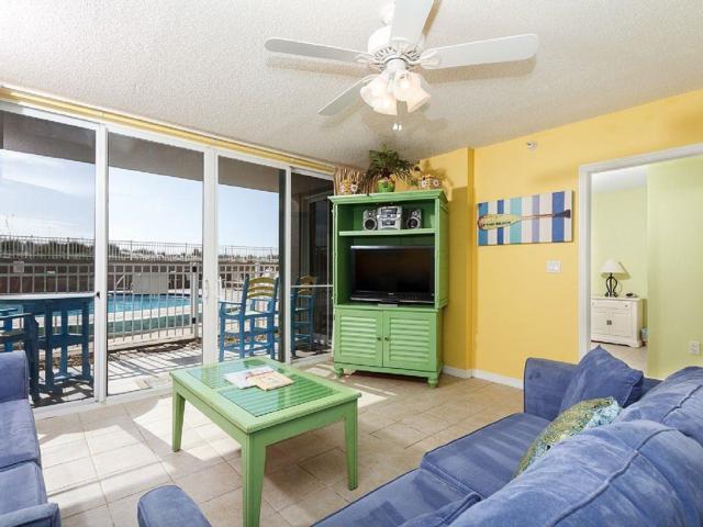 520 Santa Rosa Boulevard Unit 109, Fort Walton Beach, FL 32548 (MLS #764976) :: Somers & Company