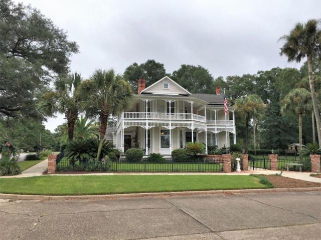 730 Circle Drive, Defuniak Springs, FL 32435 (MLS #781405) :: ResortQuest Real Estate