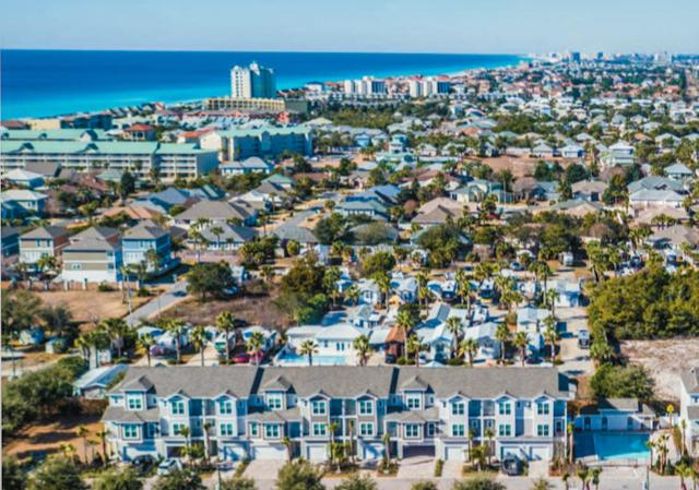 257 Driftwood Road Unit 16, Miramar Beach, FL 32550 (MLS #795704) :: ResortQuest Real Estate