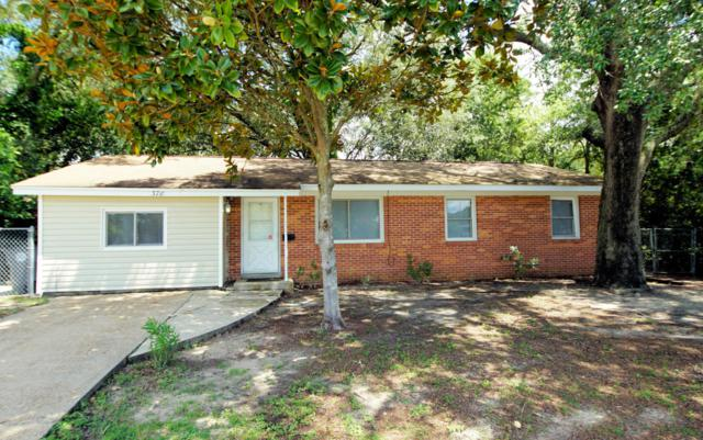 378 Edge Avenue, Valparaiso, FL 32580 (MLS #804873) :: ResortQuest Real Estate