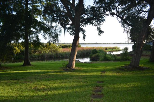361 Pitts Bayshore Drive, Freeport, FL 32439 (MLS #806055) :: Hammock Bay