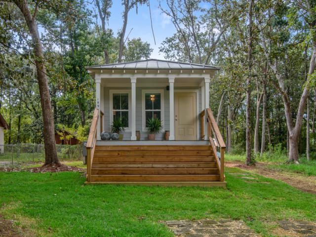 199 E Bayou Forest Drive, Freeport, FL 32439 (MLS #806236) :: Luxury Properties Real Estate