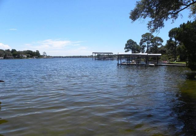 505 Pocahontas Drive, Fort Walton Beach, FL 32547 (MLS #806356) :: Luxury Properties Real Estate
