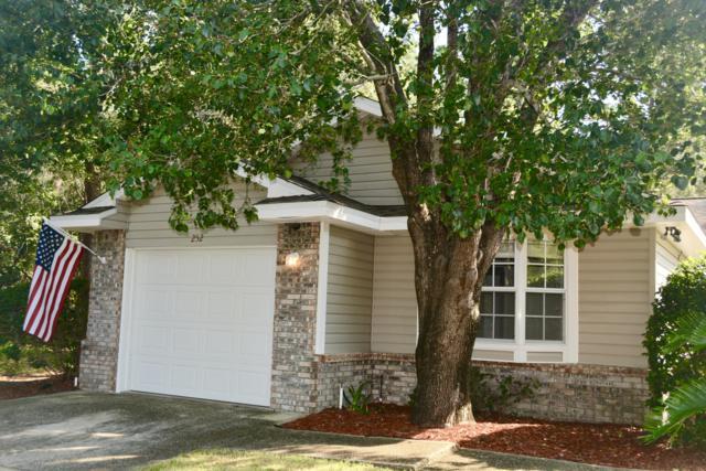 252 Parkwood Circle, Niceville, FL 32578 (MLS #806853) :: Luxury Properties Real Estate