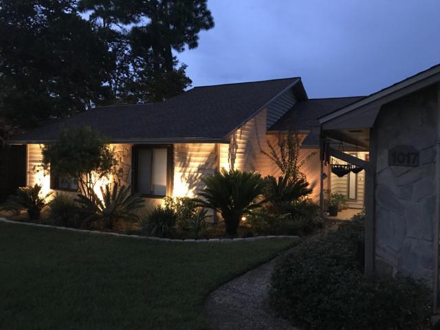1017 E Troon Drive, Niceville, FL 32578 (MLS #808287) :: Classic Luxury Real Estate, LLC