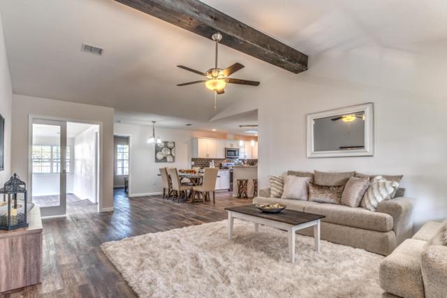 2759 Hillview Court, Navarre, FL 32566 (MLS #809371) :: Coast Properties
