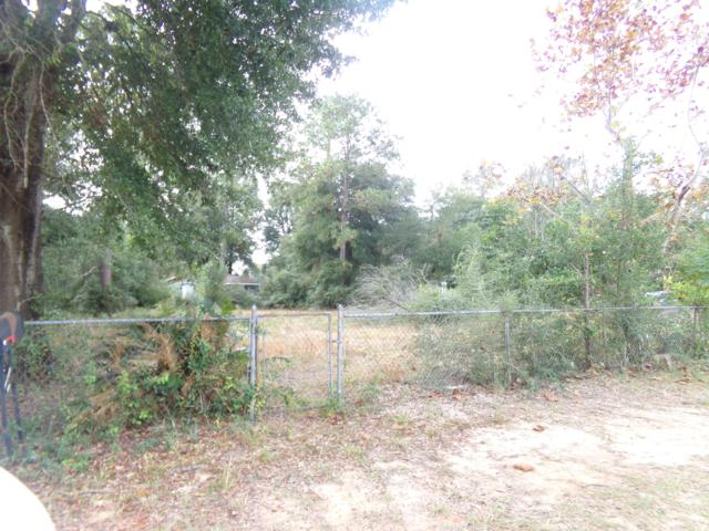 522 NW 4Th Avenue, Crestview, FL 32536 (MLS #810502) :: ResortQuest Real Estate