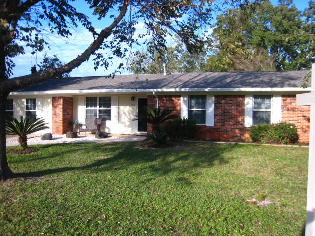 161 Brewer Circle, Mary Esther, FL 32569 (MLS #810825) :: Classic Luxury Real Estate, LLC