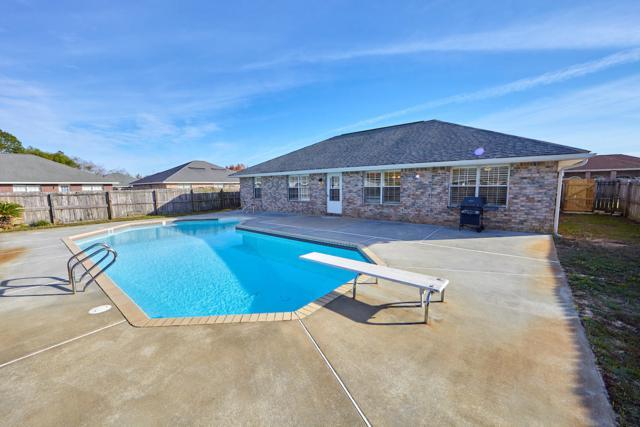 9873 Parker Lake Circle, Navarre, FL 32566 (MLS #811447) :: ResortQuest Real Estate