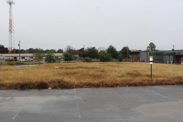 710 NE Eglin Parkway, Fort Walton Beach, FL 32547 (MLS #812840) :: The Premier Property Group
