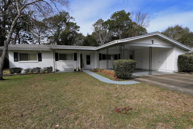 7 Connie Drive, Shalimar, FL 32579 (MLS #815294) :: ResortQuest Real Estate
