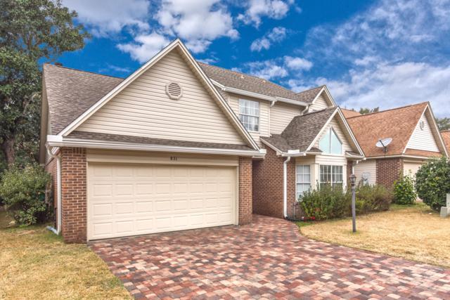 821 Fairway Lakes Drive, Niceville, FL 32578 (MLS #816771) :: Berkshire Hathaway HomeServices Beach Properties of Florida