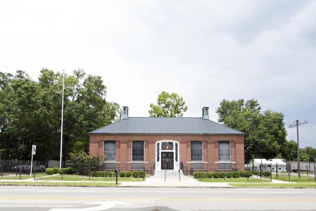 445 Us Highway 90 Avenue, Defuniak Springs, FL 32433 (MLS #818324) :: Luxury Properties Real Estate
