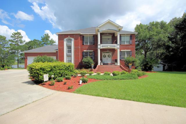 304 Wedgewood Lane, Crestview, FL 32536 (MLS #820728) :: Scenic Sotheby's International Realty