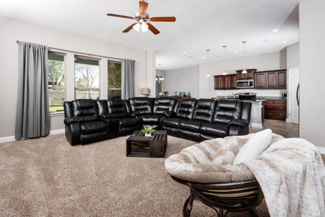 8559 Holley Hills Circle, Navarre, FL 32566 (MLS #821031) :: ResortQuest Real Estate