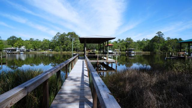310 Bayou Circle, Freeport, FL 32439 (MLS #821274) :: Hammock Bay