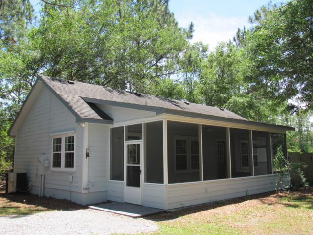 390 Creekside Drive, Freeport, FL 32439 (MLS #822823) :: Classic Luxury Real Estate, LLC