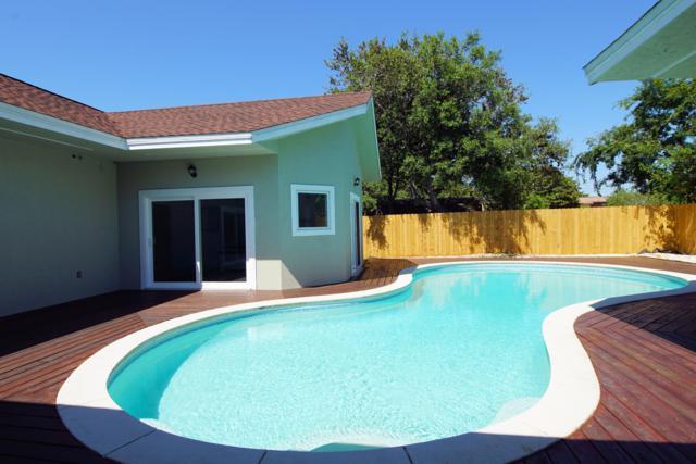809 N Lakeside Drive, Destin, FL 32541 (MLS #822993) :: Berkshire Hathaway HomeServices Beach Properties of Florida