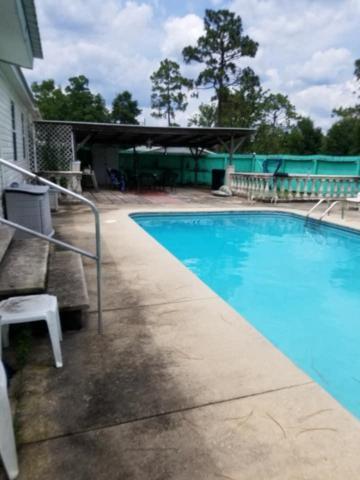 73 Martha Lane, Defuniak Springs, FL 32433 (MLS #825061) :: ENGEL & VÖLKERS