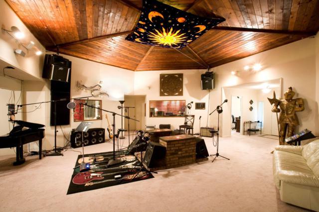 237 Chicago Avenue, Valparaiso, FL 32580 (MLS #826632) :: ResortQuest Real Estate