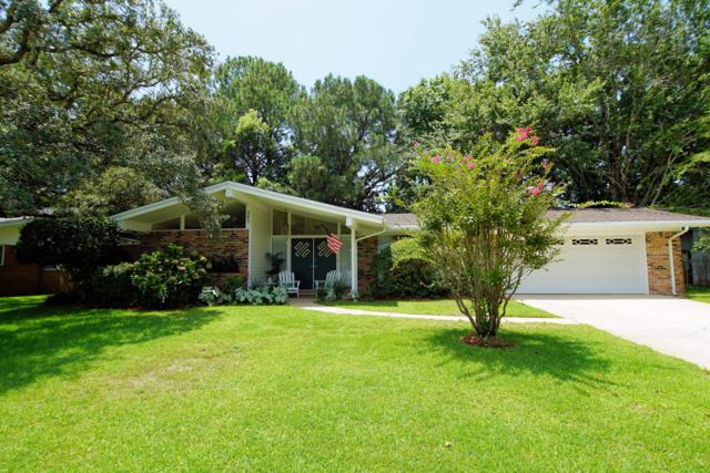 340 NW Holmes Boulevard, Fort Walton Beach, FL 32548 (MLS #827106) :: Scenic Sotheby's International Realty