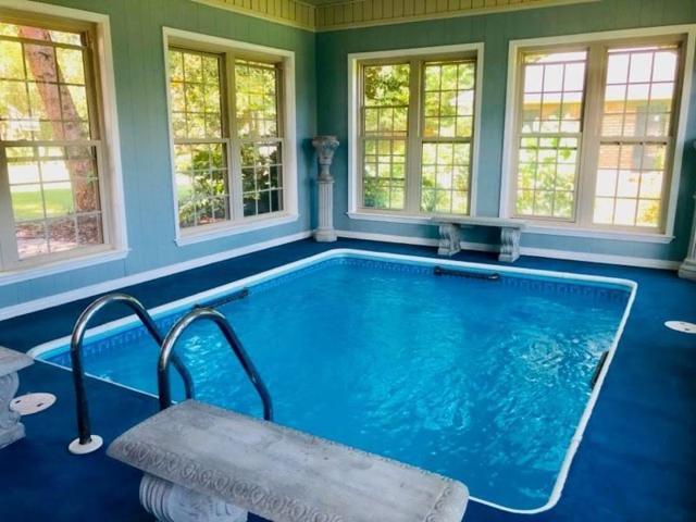 2446 Knotty Pine Drive, Navarre, FL 32566 (MLS #827252) :: Scenic Sotheby's International Realty