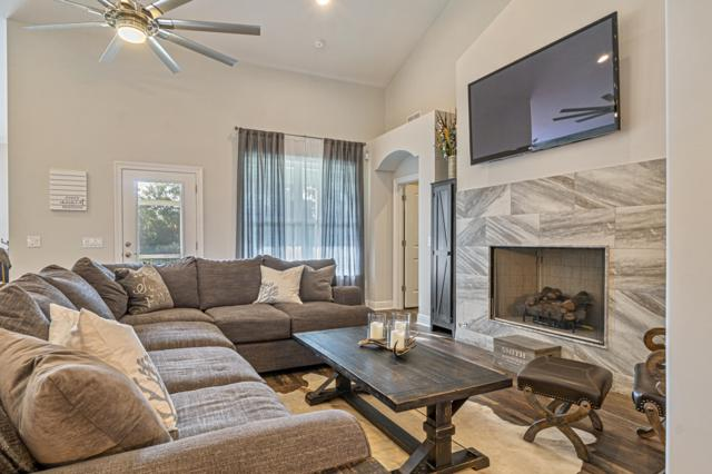 9427 Palmetto Ridge Court, Navarre, FL 32566 (MLS #827577) :: Berkshire Hathaway HomeServices Beach Properties of Florida