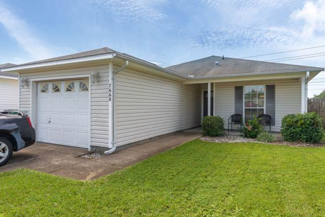 7668 Chablis Circle, Navarre, FL 32566 (MLS #831480) :: Berkshire Hathaway HomeServices PenFed Realty