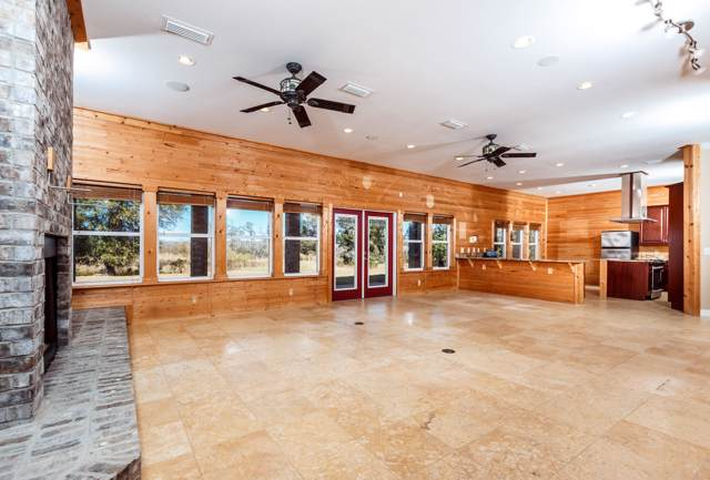 1015 T R Miller Road, Defuniak Springs, FL 32433 (MLS #832391) :: CENTURY 21 Coast Properties